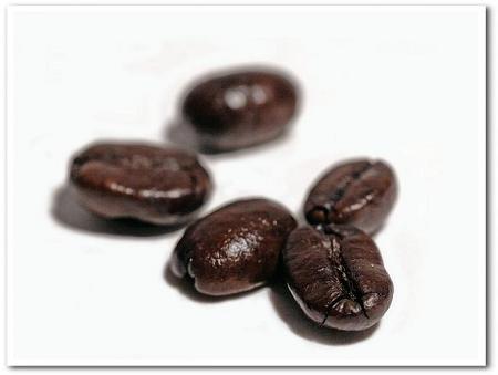 コーヒーは粉で買うより豆のままがおすすめ